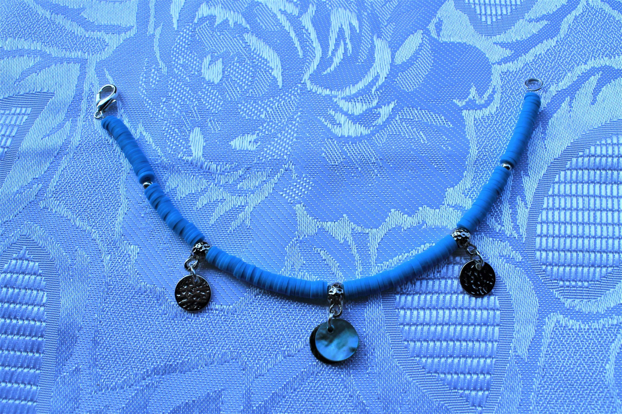 Bracciale in polimerica azzurra